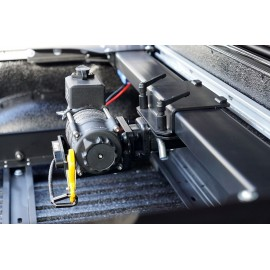 Mercedes X-class rear winch system 30m pickup loading area